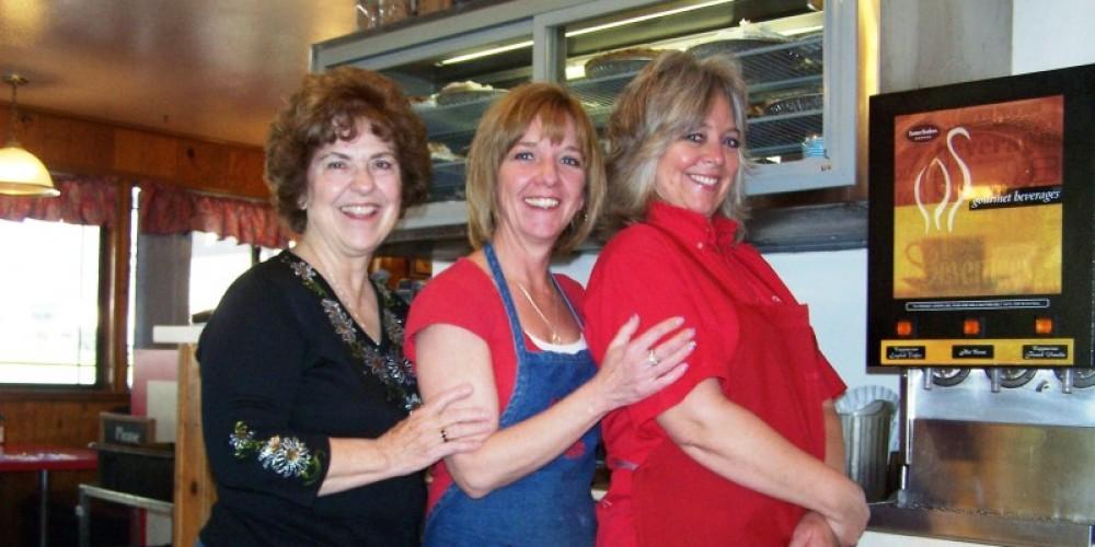 Cheryl and her daughters – Cheryl