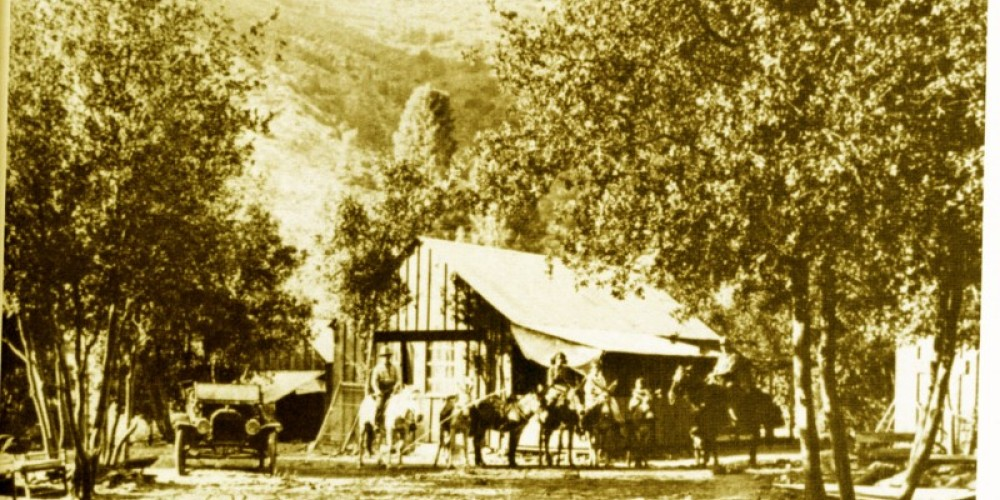 """Fairview on the Kern River taken in 1915. Small girl on the burro (2nd from right) is Isabell Blanche """"Betsy"""" Burlando Esponda 1911-1989, granddaughter of Southern Sierra Historic figure Francisco Apalatea (1850 - 1928) – From Kern Valley Museum"""
