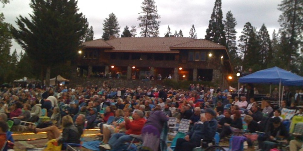 Stars at North Star House: annual benefit concert for Nevada County Land Trust. – Howard Levine