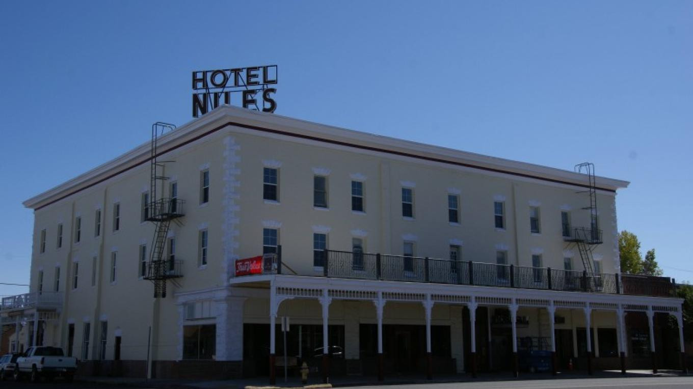 The Niles Hotel now – Lorissa Soriano