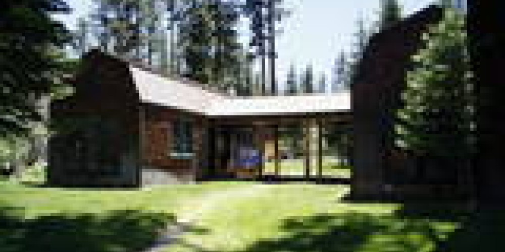 The Twin Cabins – Julie Zeid