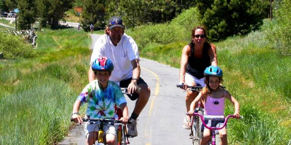 Family bike outing in Squaw Valley – Nathan Kendall