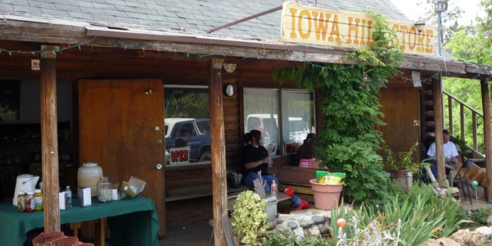 Rustic Iowa Hill store – Evan Jones