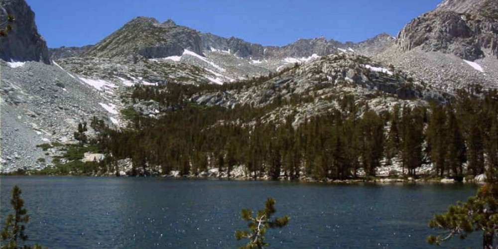 Rock Creek Pack Station leads multi-day pack trips into Hilton Lakes in the John Muir Wilderness. – http://www.rockcreekpackstation.com