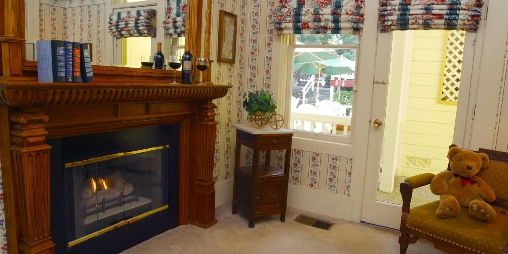 Sitting Room of Hetch Hetchy Suite