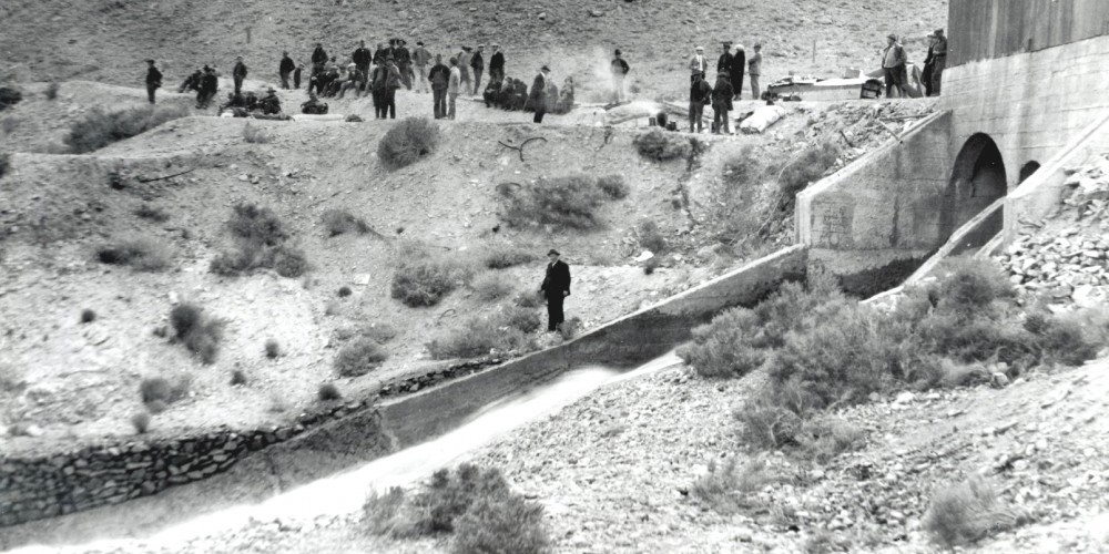 "Owens Valley residents ""occupy\"" the Alabama Gates in 1924, after blowing up the aqueduct. The \""water wars\"" went on for several years, but eventually died down to low grumbles. – Courtesy Eastern California Museum"
