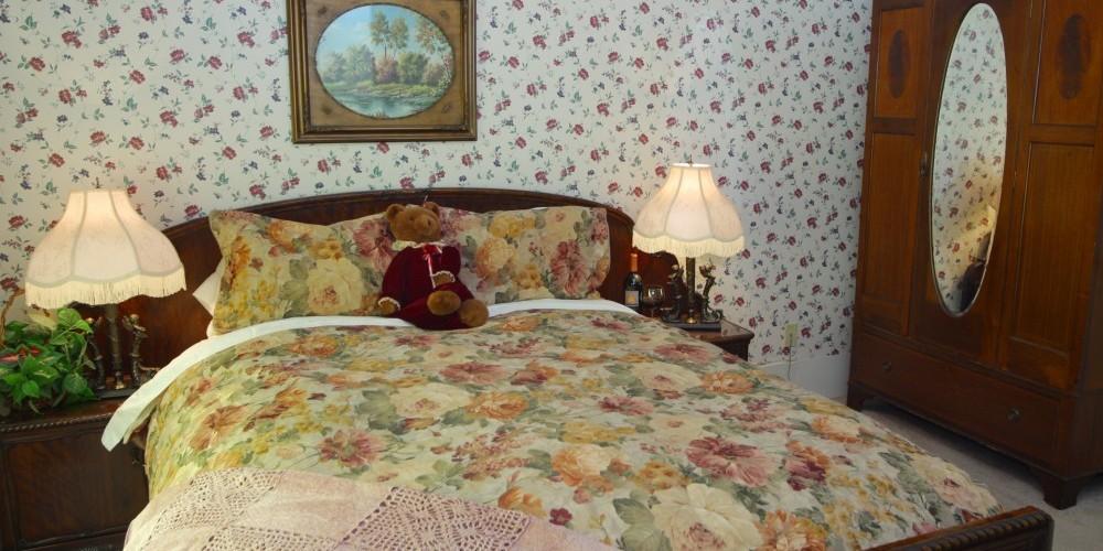 Bedroom of Hetch Hetchy Suite