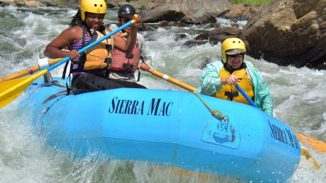 Paddling though the Rapids – Picture This - Rapid Shooter