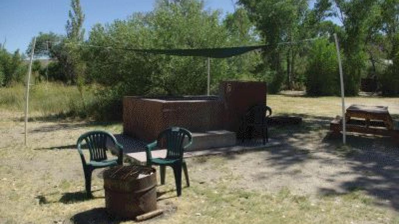 Benton Hot Springs – http://www.historicbentonhotsprings.com
