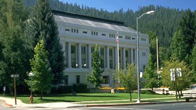County Courthouse – QuincyCA.wordpress.com