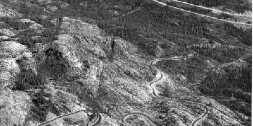 Aerial view of Interstate 80 and Highway 40 – www.dot.ca.gov