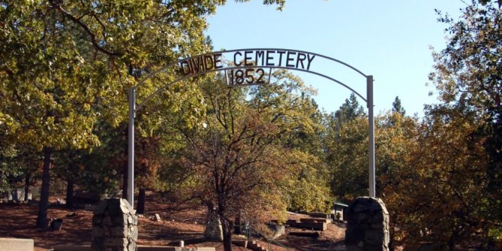 Divide Cemetery Memorial Drive Between Big Oak Flat and Groveland California – Denise Henderson