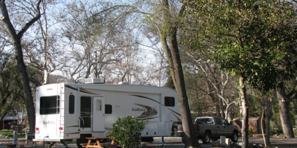 We accommodate large rigs. – Jana Botkin