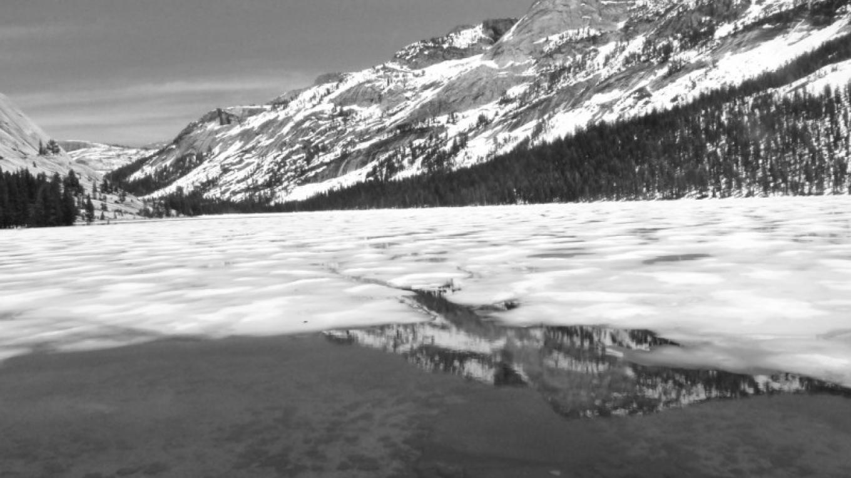 Tenaya Lake black & white – Ray Anderson