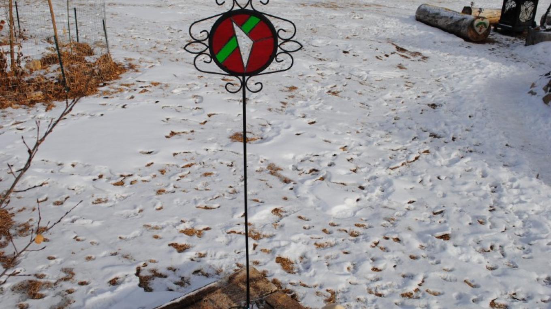 Garden Stake – Jolt