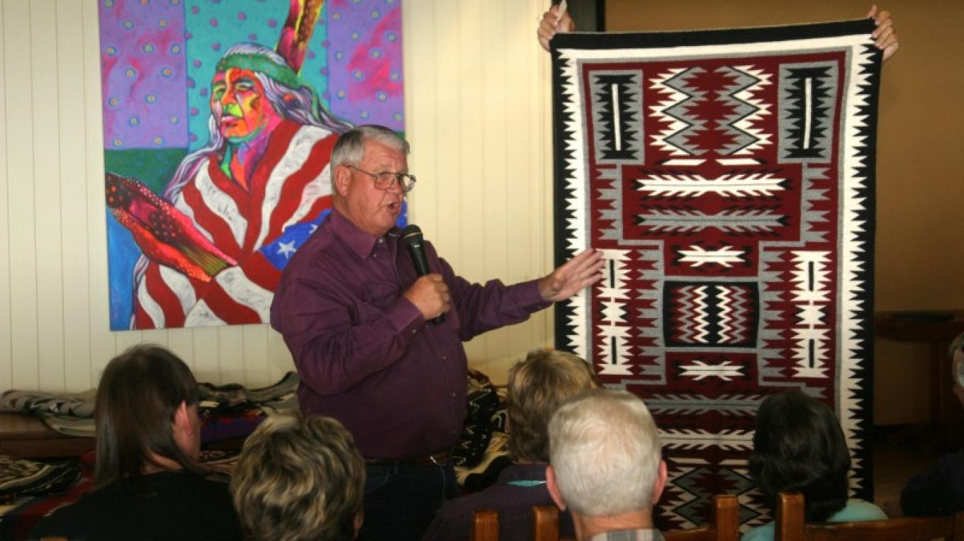 Navajo Rug Auction during Indian Arts and Culture Festival – Branson Reynolds