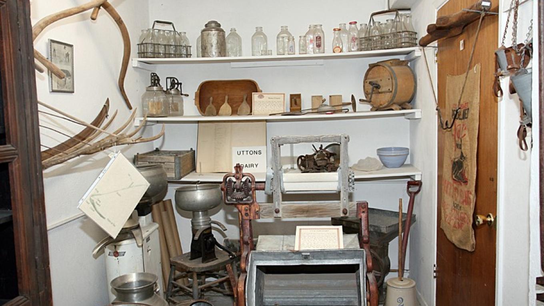Utton's Dairy exhibit – Dale W Anderson