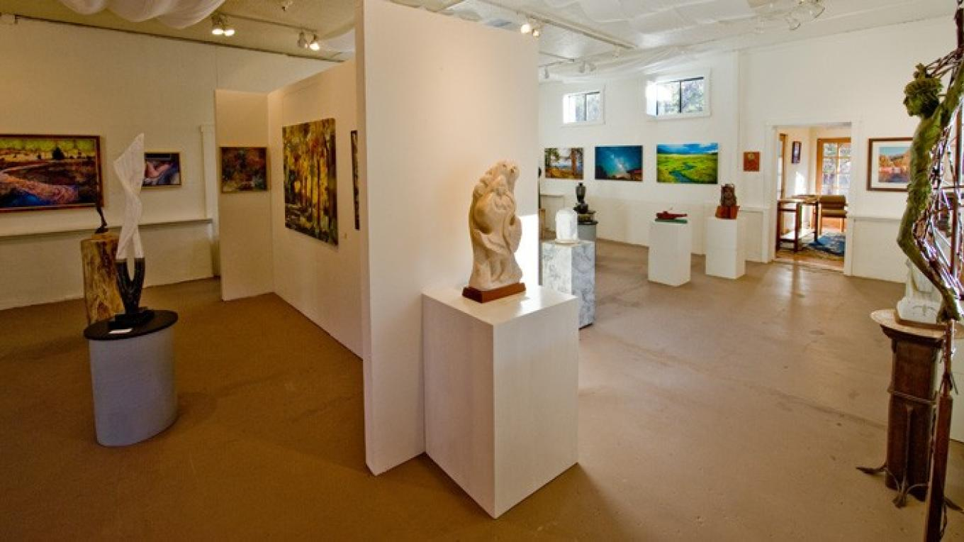 Jemez Valley sculptors, painters and photographers show work at Jemez Fine Art Gallery. – Theodore Greer