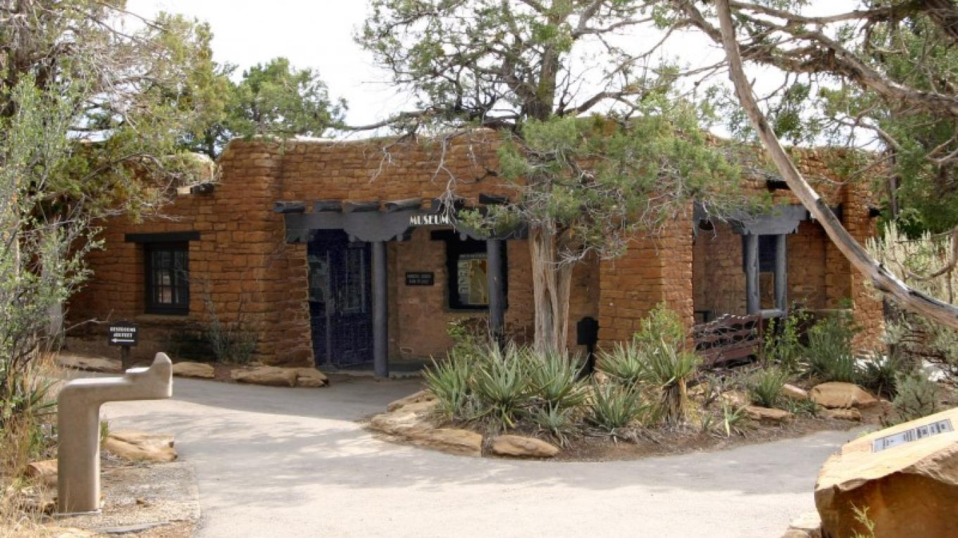 This is the entrance to the Chapin Mesa Archeological Museum, located right next to the trailhead for Spruce Tree House. The Mesa Verde Museum Association bookstore is just off the Museum lobby. – Courtesy of National Park Service