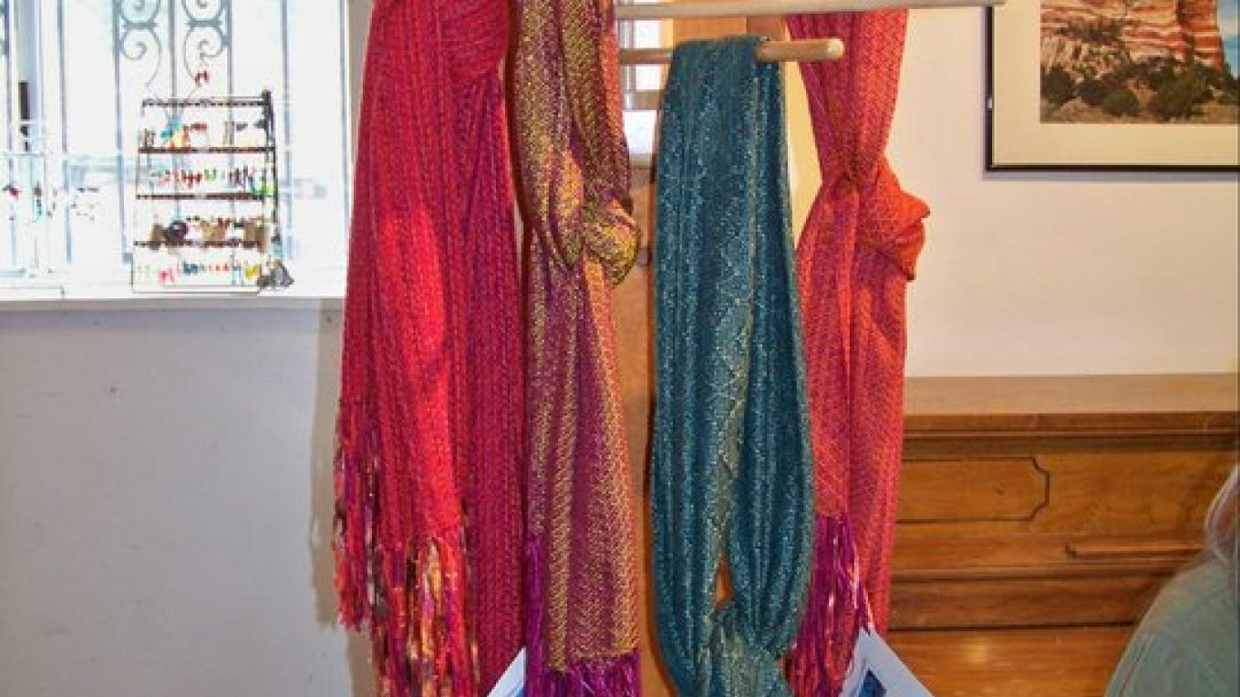 More beautiful hand crafted scarves created by a member of the El Morro Traditional Crafters. – J. Rossignol
