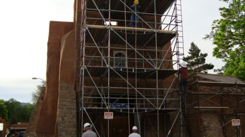 Scaffolding at San MIguel Chapel – Nicolas Minos