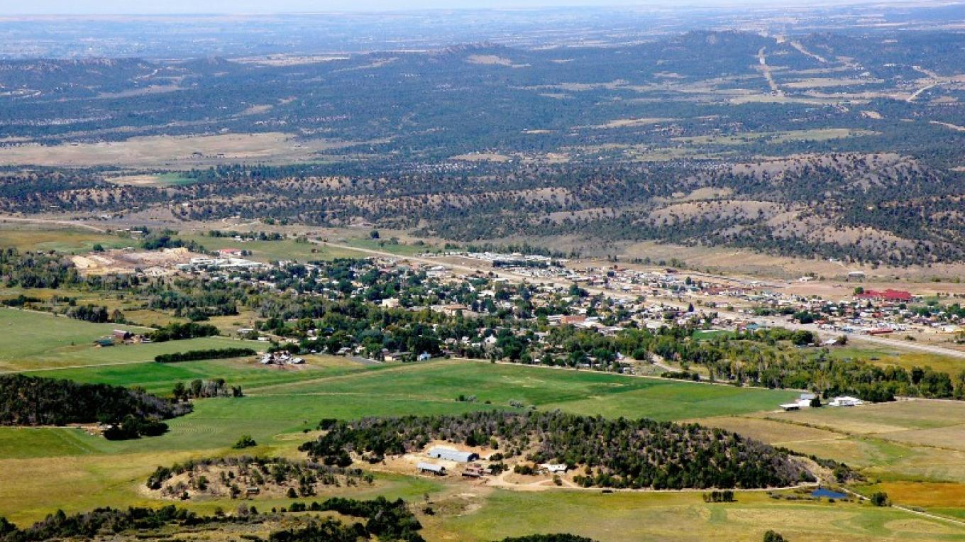 The Town of Mancos – Tom Vaughan