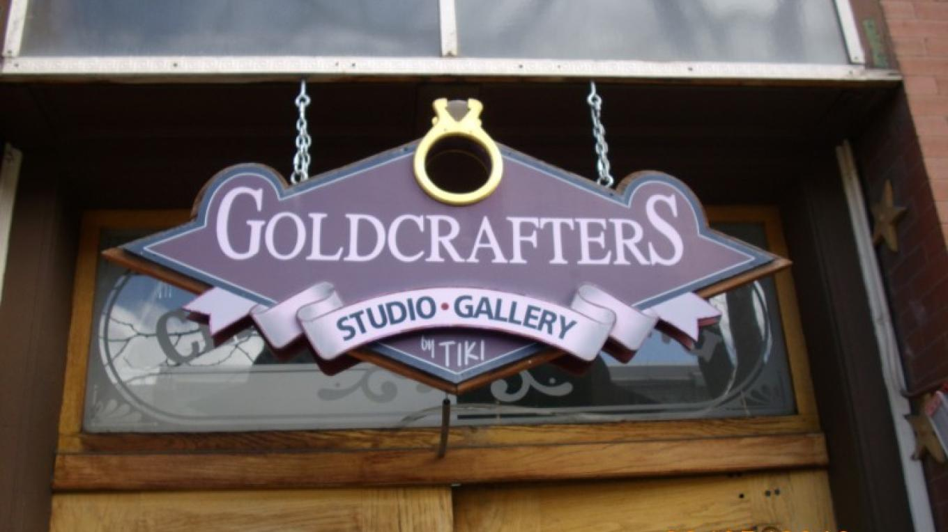 Goldcrafters sign – Tiki Carpenter