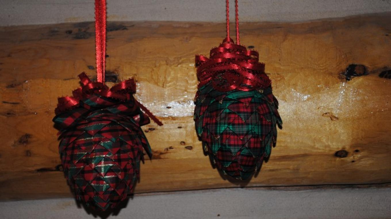 Pinecone shaped ornaments – Jake LaFore