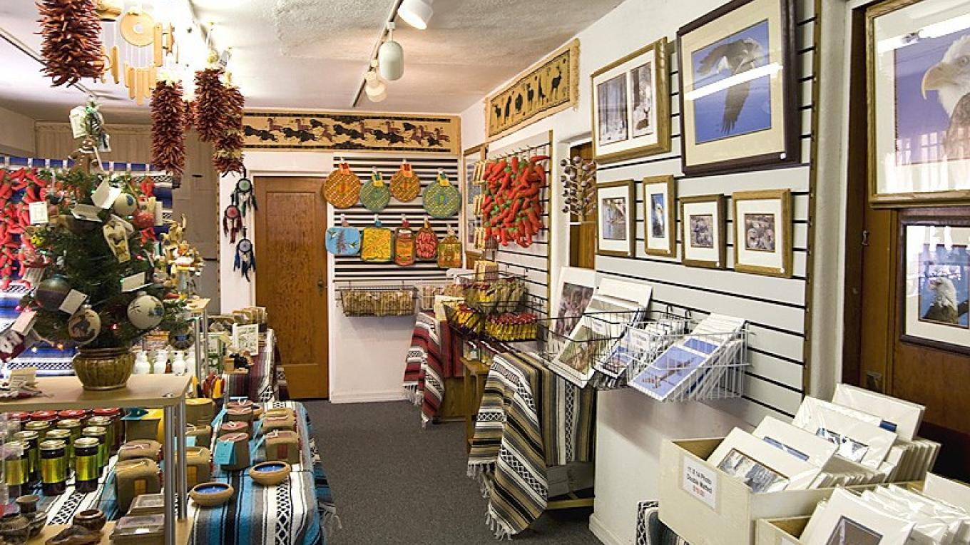 Made In New Mexico Gift Shop – Roger Hogan