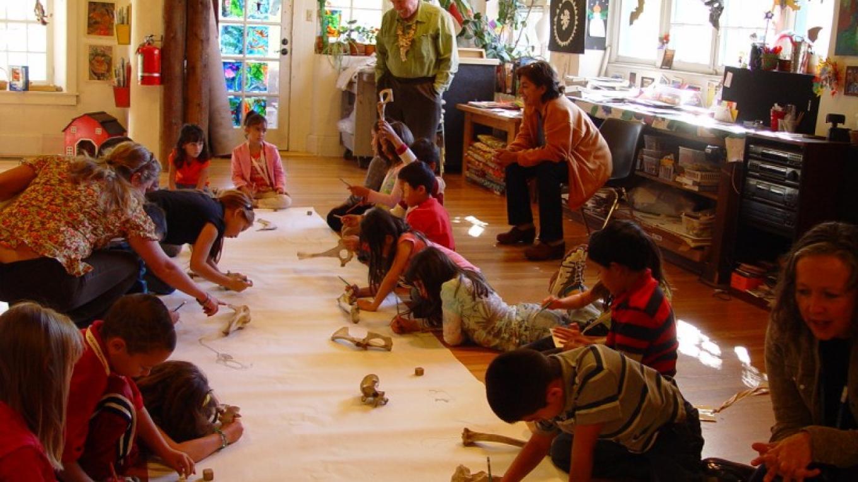art programs for children, families, teens, and schools.