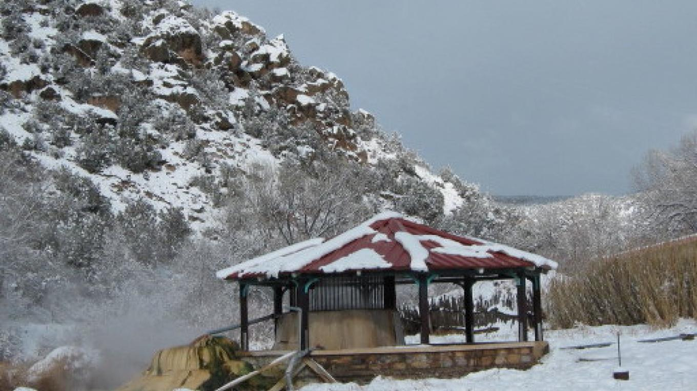 Gazebo in the snow. – Talty Robinson