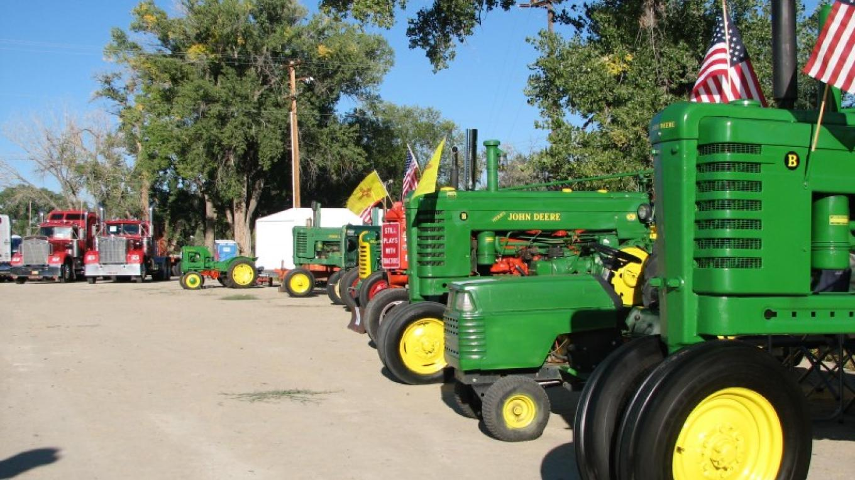 Old Tractors – Steve Bradford