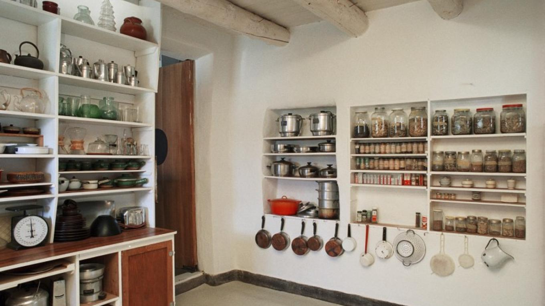 Georgia O'Keeffe Kitchen – Herbert Lotz