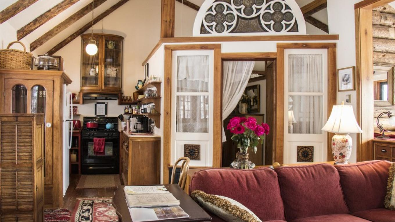 Open Living area in Bungalow – katknip