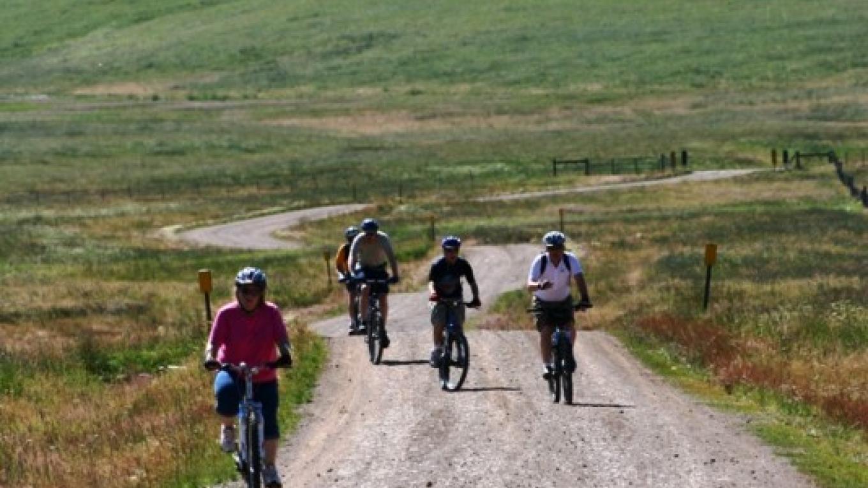 Riders coming from Cerro La Jara area in the Valle Grande. – Rourke McDermott