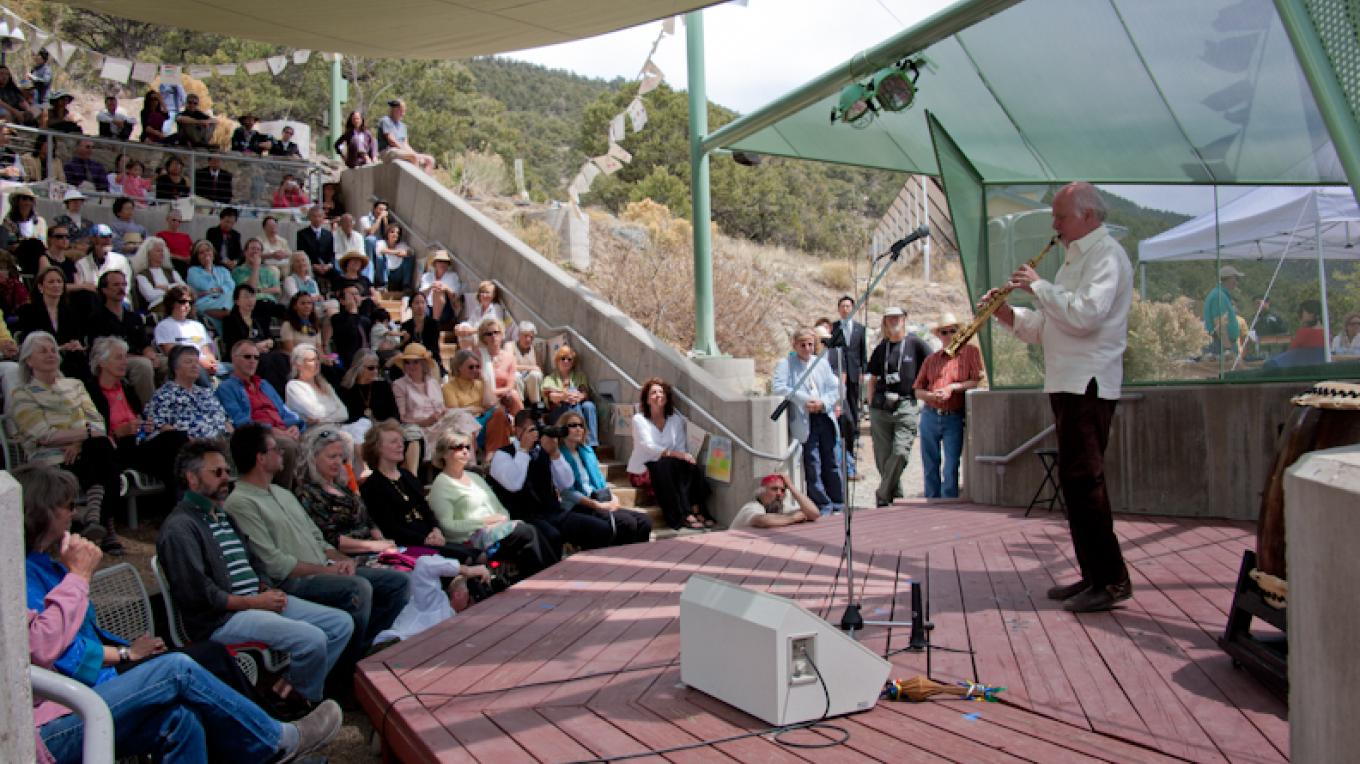 Grammy award inning Musician Paul Winter entertains and audience in the amphitheater. – Staff Photographer