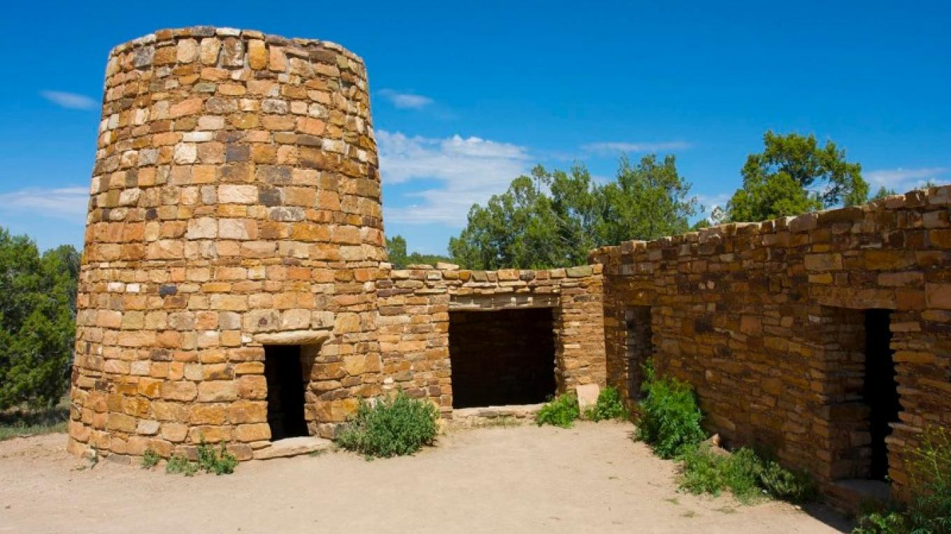 Crow Canyon's Pueblo Learning Center, a replica of a Pueblo II–Pueblo III farmstead dating from about A.D. 1150 to 1200.