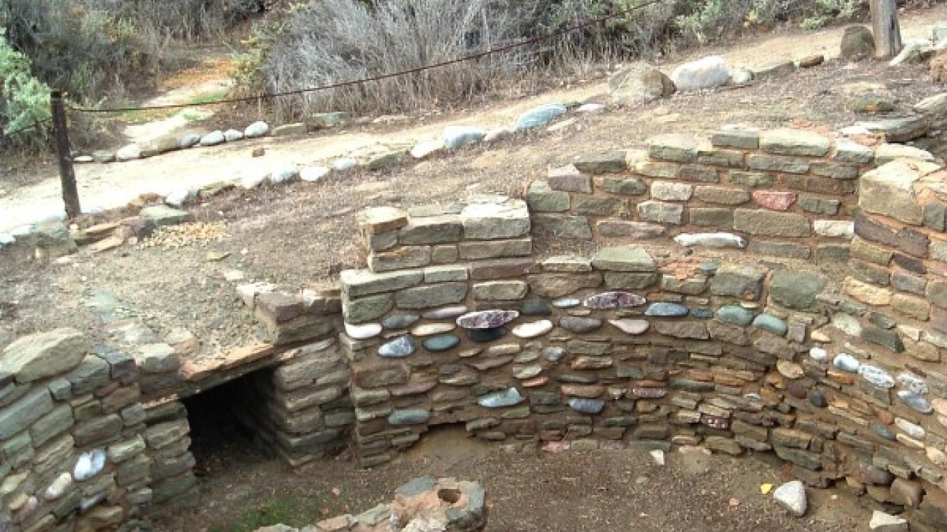 A San Juan Occupation kiva, located at the southwest corner of the pueblo ruin. – N S Espinosa