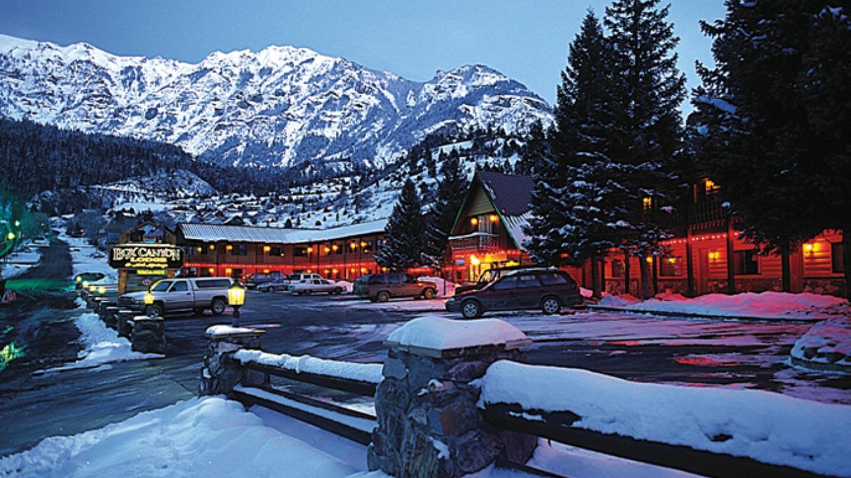 Winter is beautiful at the Box Canyon Lodge