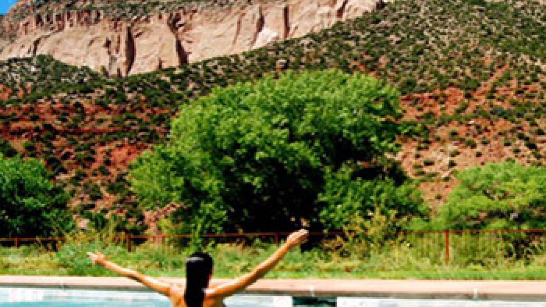 Looking toward mesa from outdoor pool
