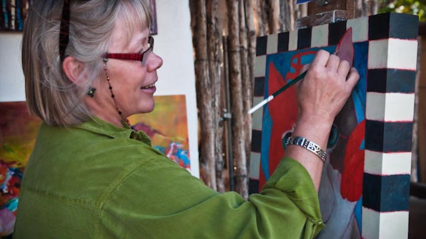 October 2010 - Lori Faye Bock participating in the historic Canyon Road Paint Out at Waxlander Gallery. – Barbara Rosner