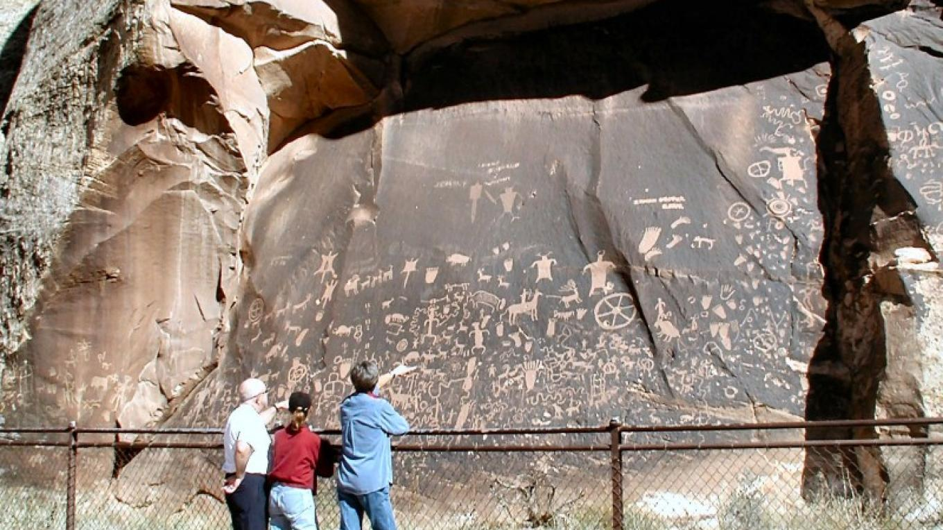 Newspaper Rock Recreation Site – S. Taylor