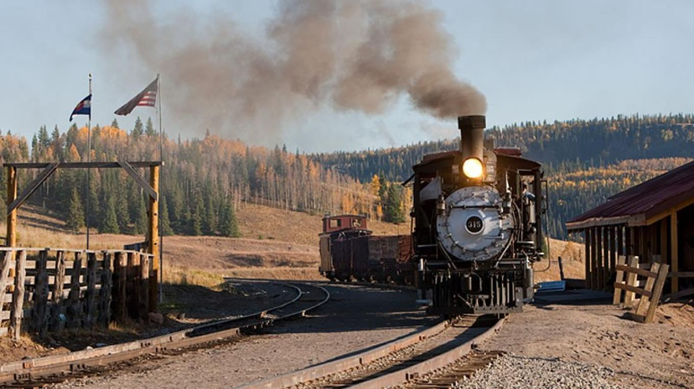 Locomotive 315 Arriving At Osier, Colorado – Roger Hogan