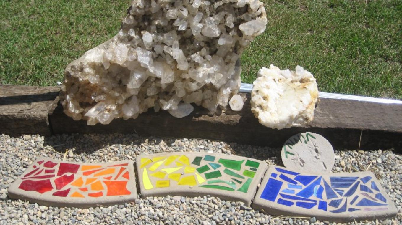 Multicolor stepping stones – Jolt