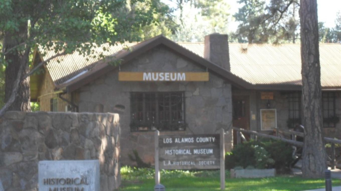 The Los Alamos Historical Museum is one of the highlights of the Los Alamos Historic District. The building was originally the guest cottage for the Los Alamos Ranch School. – Heather McClenahan