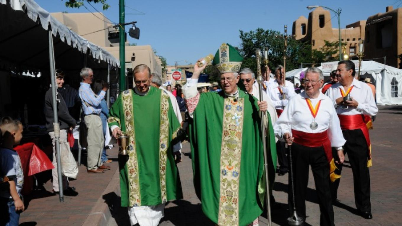 Blessing of the Artists Parading from St. Francis Cathedral – Gene Peach