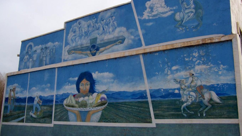 Siera y Colores mural – Huberto Maestas