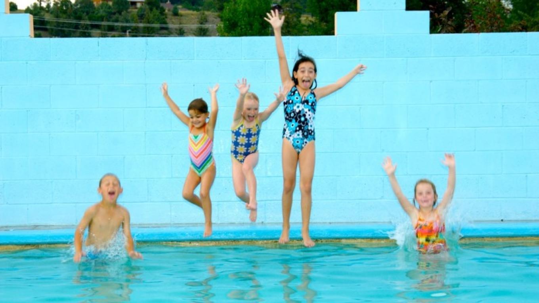 Natural hot springs pool at Healing Waters Resort & Spa – Healing Waters Resort & Spa