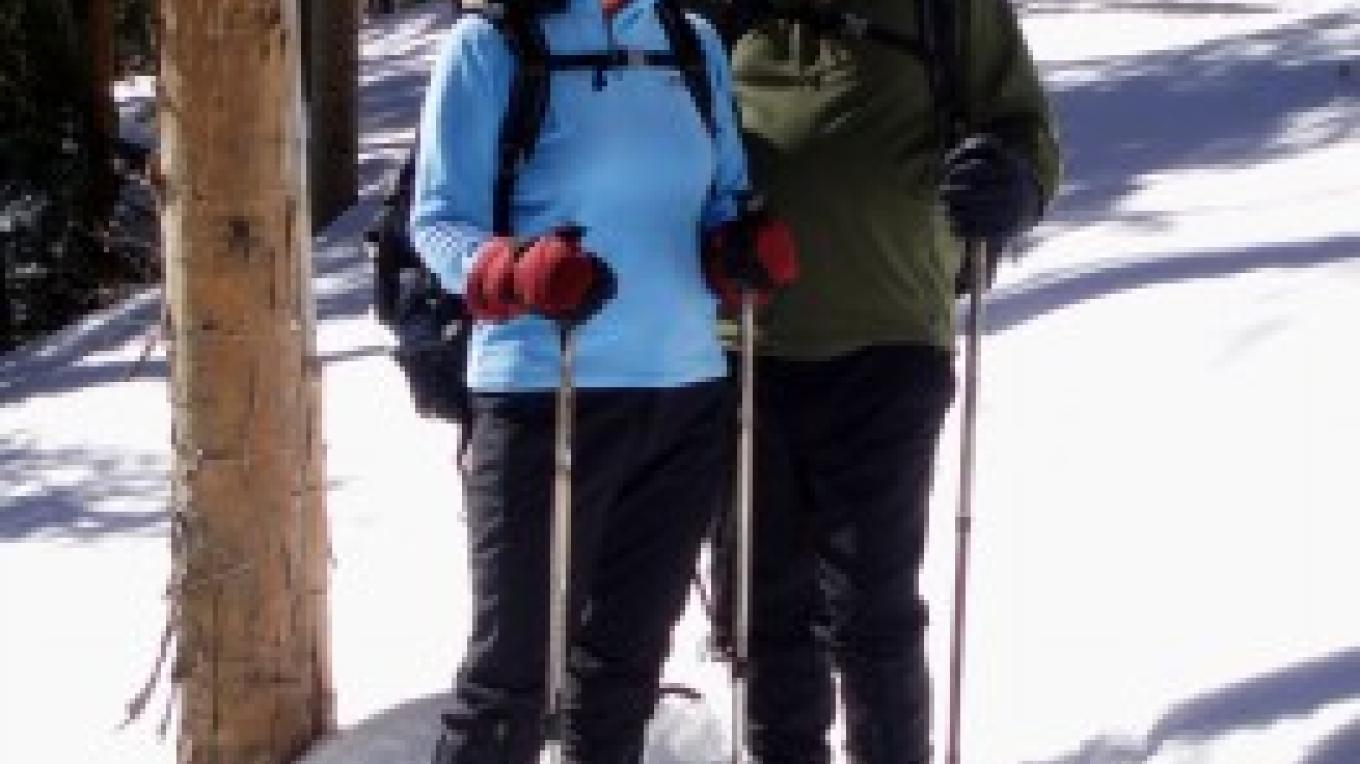 Beginners can snowshoe in New Mexico sunshine – Outspire Hiking and Snowshoeing
