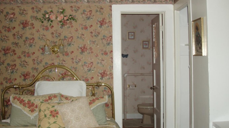 Zane Grey Suite bedroom view – Sheila Trevett